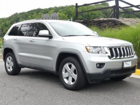 Pre-Owned 2011 Jeep Grand Cherokee 4WD 4dr Laredo